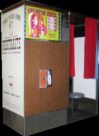 Model 14 Retro Vintage Photo Booth