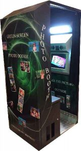 green screen photo booth technology for the events with different backgrounds