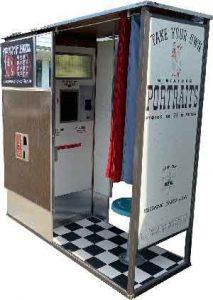 Model 14 retro non digital photo booth